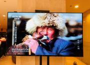 栗战书委员长观看总台5G+4K超高清节目演示