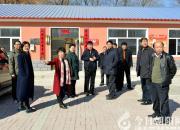朝阳市中心医院领导到木头城子镇进行扶贫调研